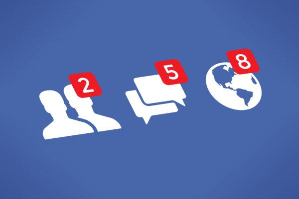 Créer des posts Facebook « reste appuyé » avec des Photos Live personnalisées