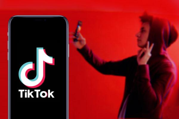 Le boom de TikTok auprès des quarantenaires : interview sur Radio Contact et Bel RTL